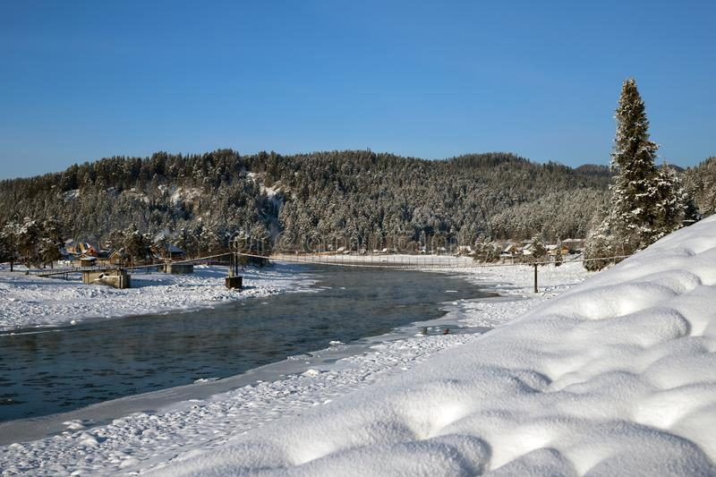 Зима в горах Altai стоковая фотография