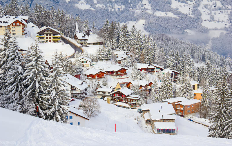 Зима в горных вершинах стоковая фотография