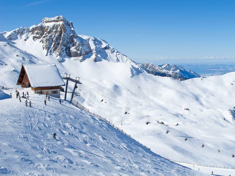 Зима в горных вершинах стоковые изображения rf