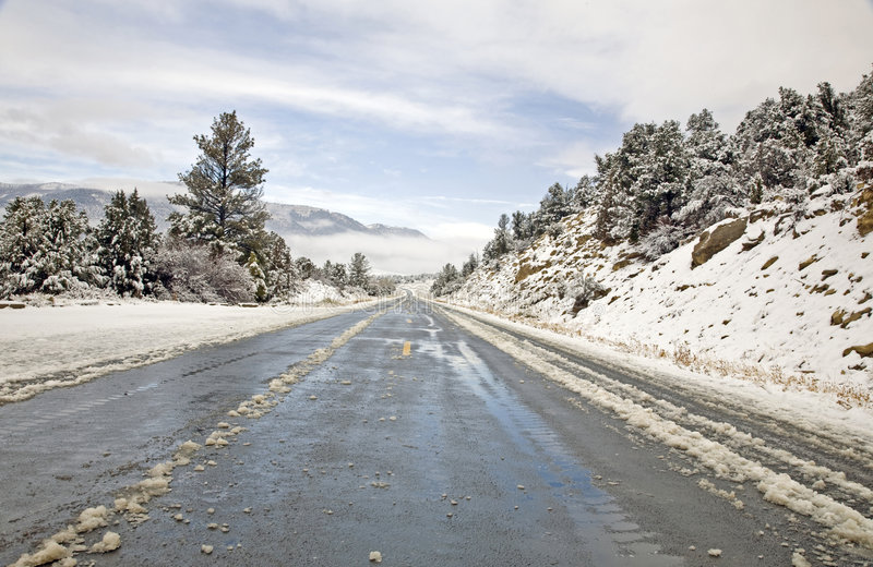 зима горы хайвея стоковые фото