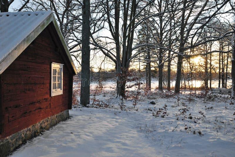 зима коттеджа стоковое фото rf