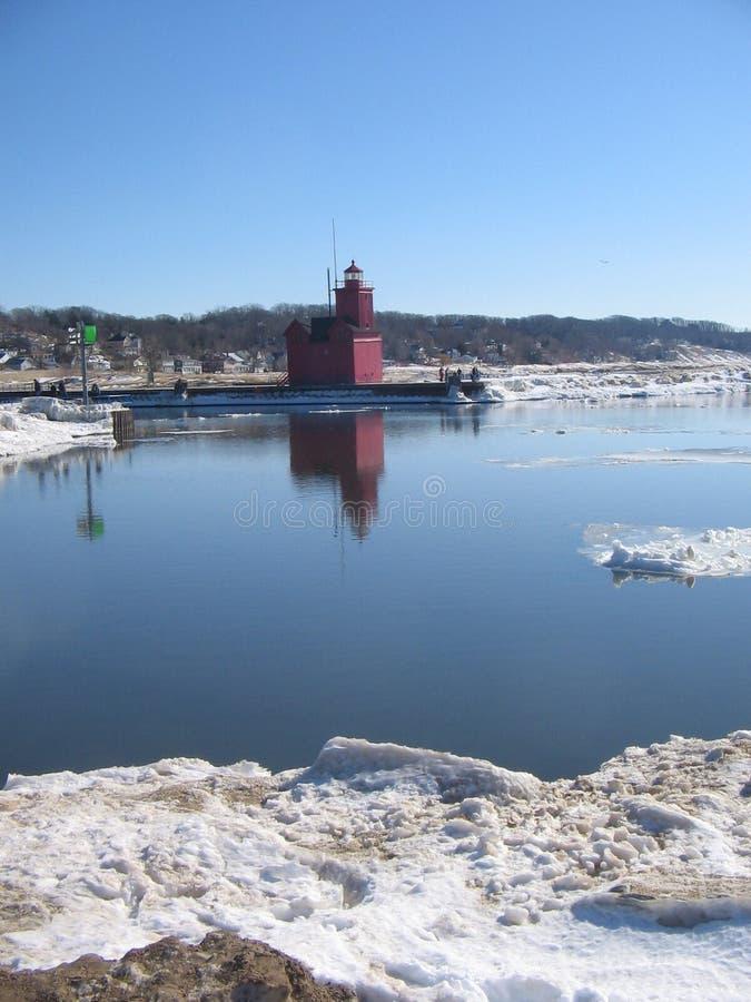 зима маяка озера стоковая фотография rf