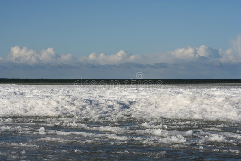 Download зима места стоковое изображение. изображение насчитывающей горизонт - 650355