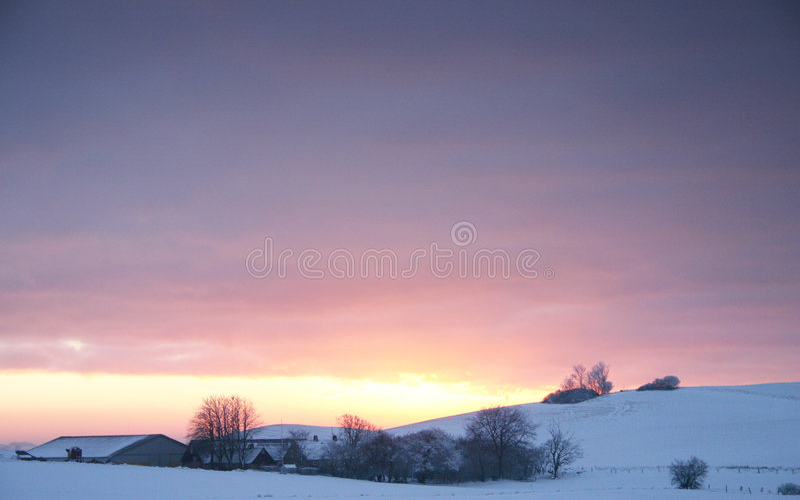 Download зима landscapefarm стоковое изображение. изображение насчитывающей февраль - 478253