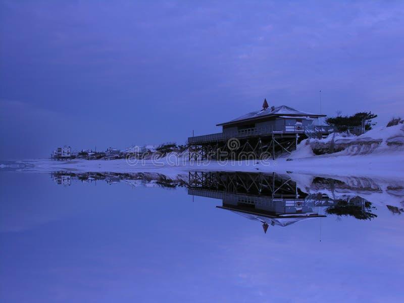 зима pavillon пляжа стоковые изображения