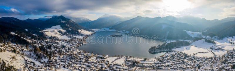 Зима Schliersee озера вид с воздуха, Германия стоковое фото