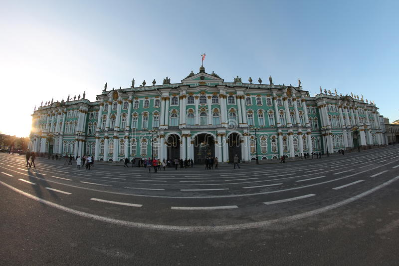 Зимний дворец обители квадрата дворца Санкт-Петербурга стоковые изображения