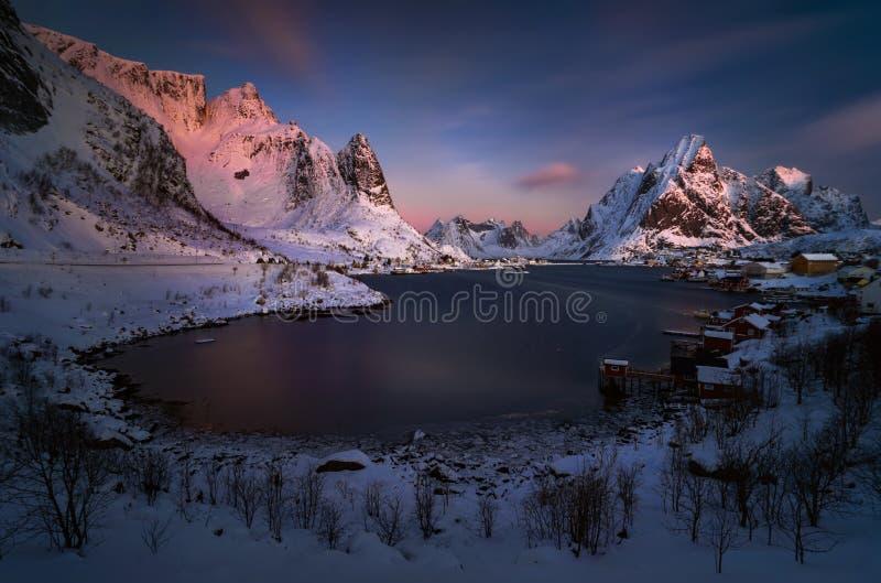 Зимний рассвет Риневагена стоковые изображения rf