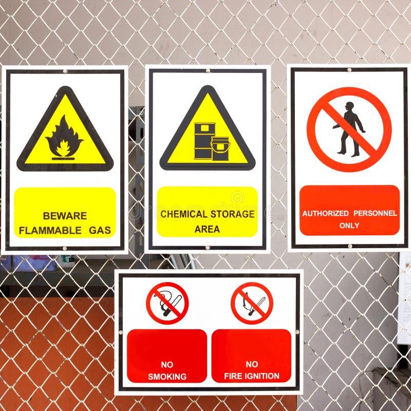 Знаки безопасности обширные стоковая фотография rf