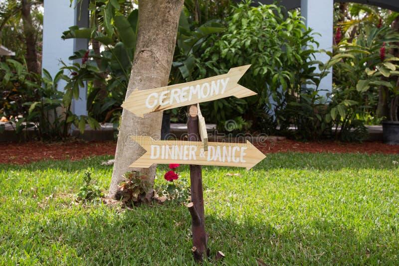 Знаки для свадебной церемонии и приема стоковые фотографии rf