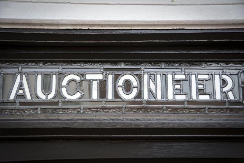 Знак аукциониста стоковые фотографии rf