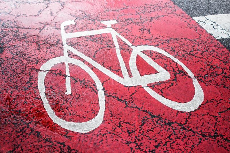 Знак велосипеда на красной майне велосипеда стоковая фотография rf