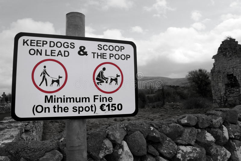 знак ветроуловителя poop сельской местности стоковое фото