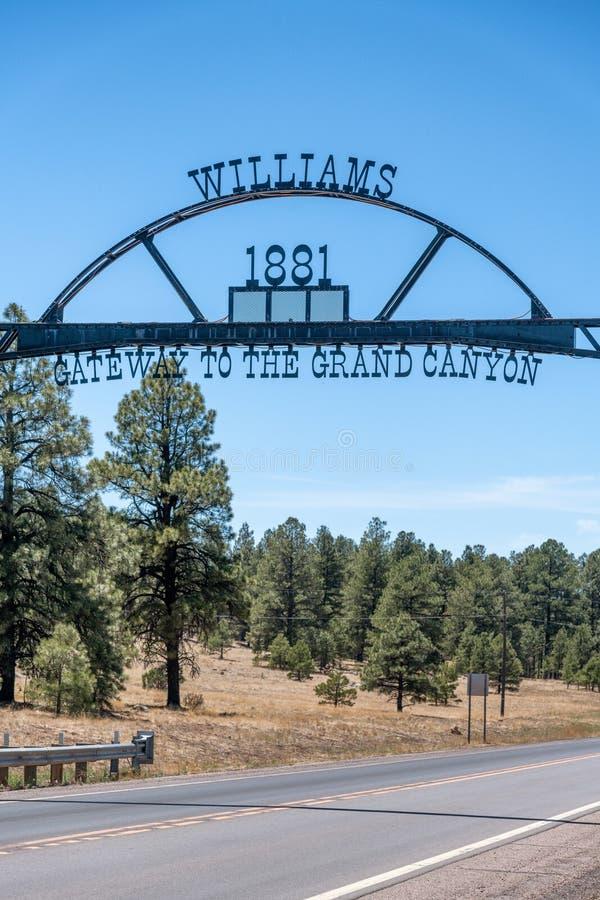 Знак входа Williams, ворот к гранд-каньону стоковая фотография rf