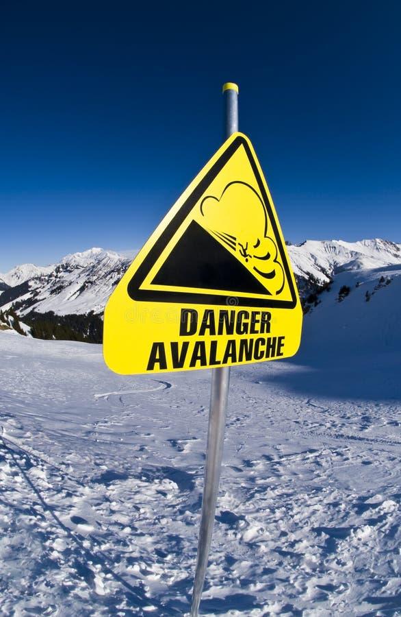 знак горы лавины стоковое изображение rf