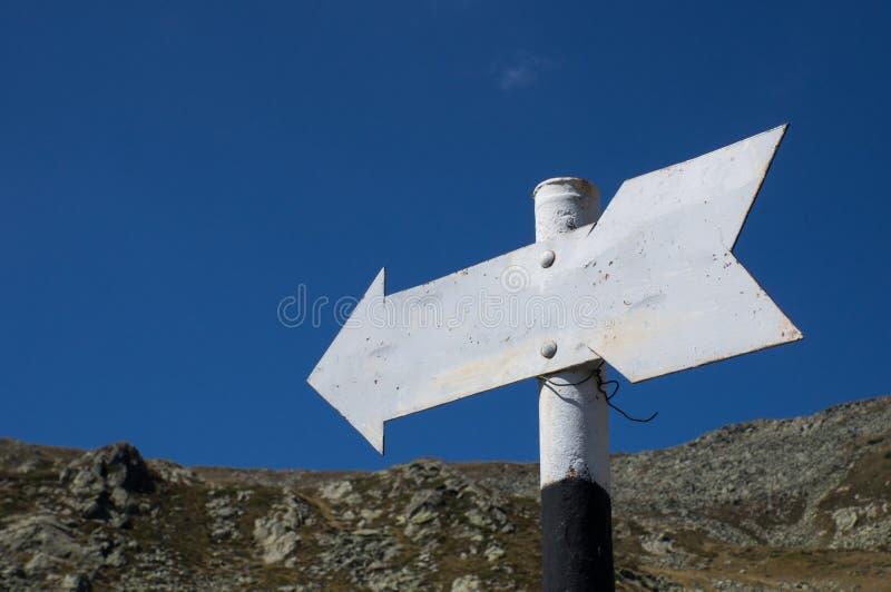 Знак направления стоковое изображение rf