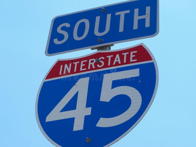 Знак национальной дороги южный стоковая фотография rf
