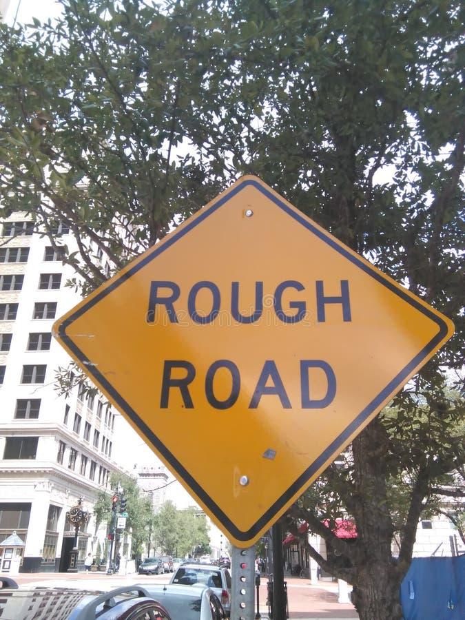 знак дороги грубый стоковое фото