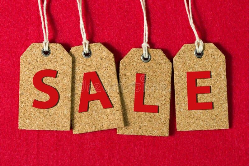 Знак продажи на бирках стоковое изображение