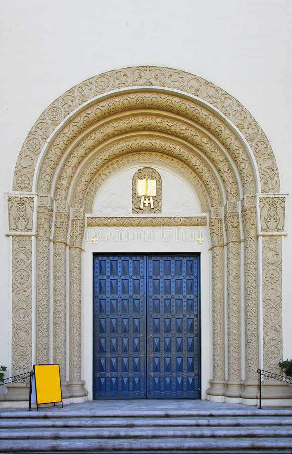 знак пустой двери церков богато украшенный стоковое фото rf