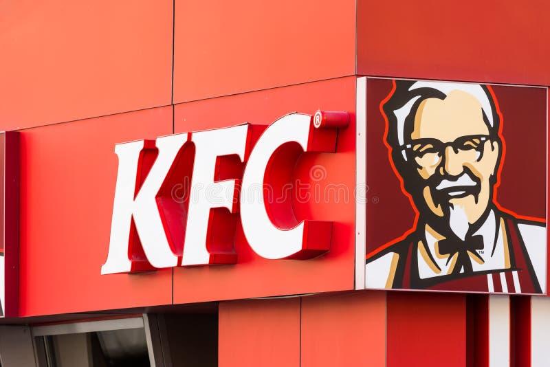 Знак ресторана жареной курицы Кентукки стоковое фото rf