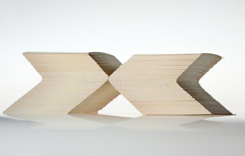 знак сформированный карточками штабелирует x стоковые фотографии rf