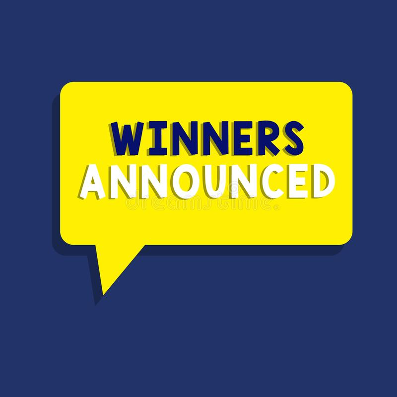 Знак текста показывая объявленные победителей Схематическое фото объявляя кто выиграло состязание или любую конкуренцию иллюстрация штока