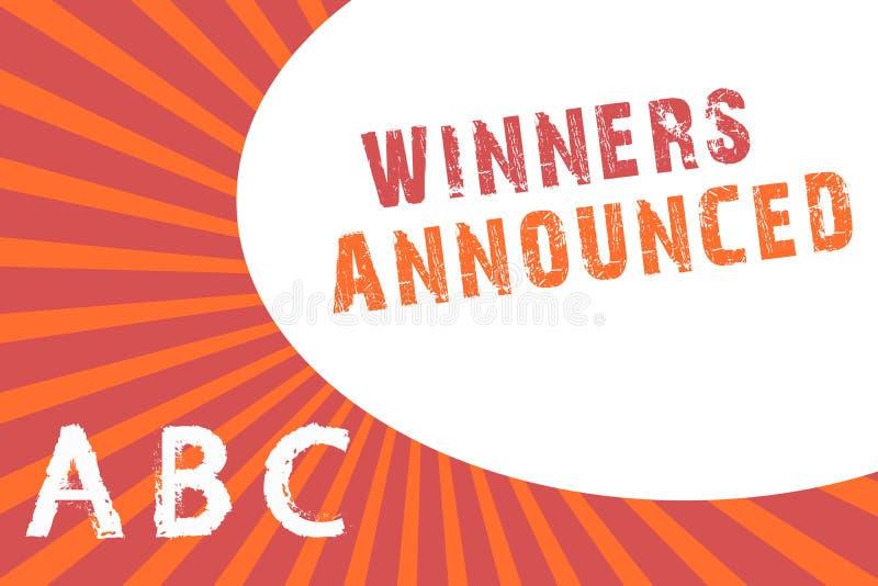 Знак текста показывая объявленные победителей Схематическое фото объявляя кто выиграло состязание или любую конкуренцию бесплатная иллюстрация