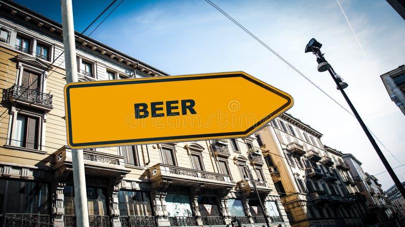 Знак улицы к пиву стоковое фото