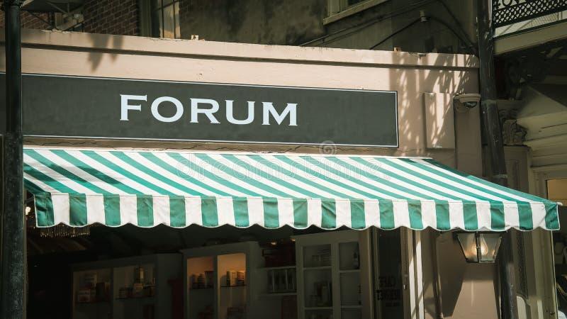 Знак улицы к форуму стоковое фото