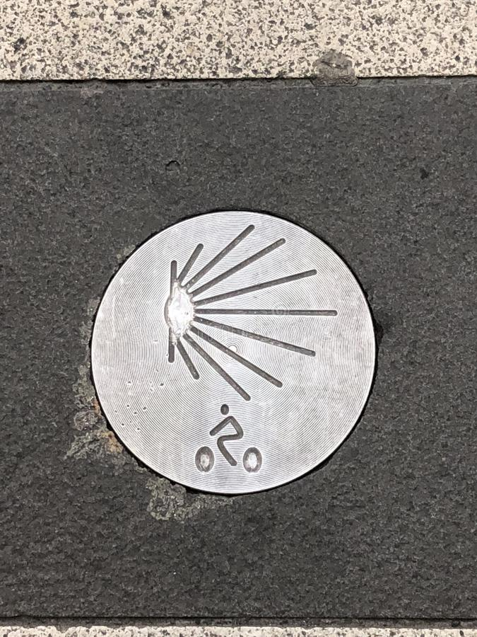 Знак Camino de Сантьяго стоковая фотография