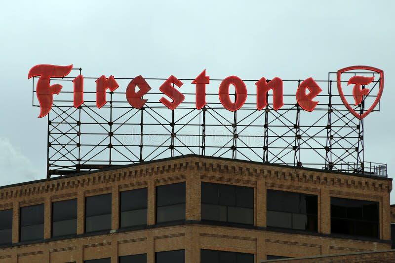Знак Firestone стоковая фотография rf