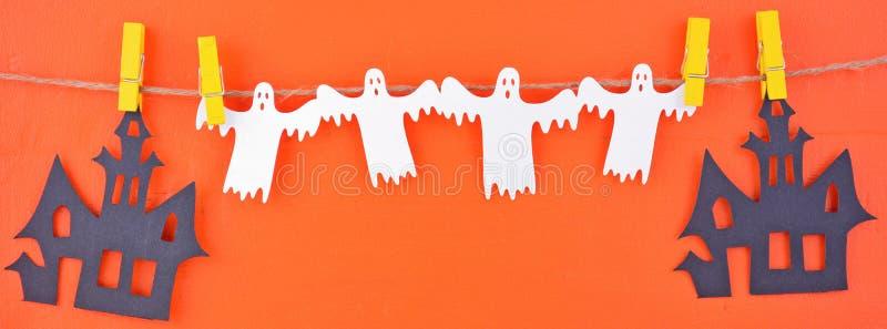 Знамя сети средств массовой информации гирлянды овсянки хеллоуина социальное стоковые изображения rf