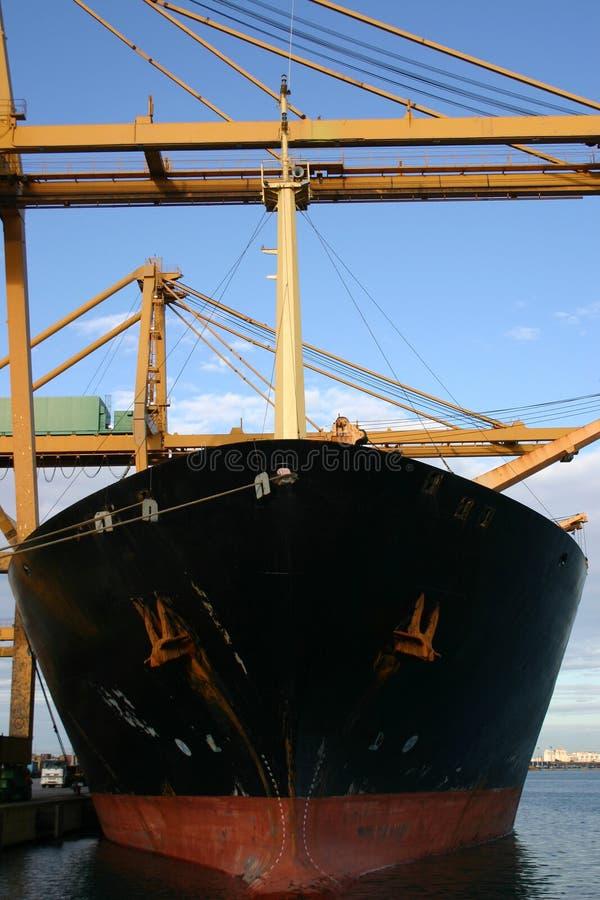 значность Испании нагрузки gantry кранов контейнеров стоковые фото