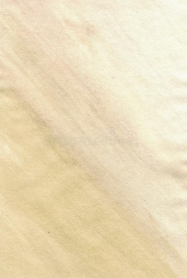 Золотая предпосылка бумаги crinkle покрашенная с acrylics стоковые изображения