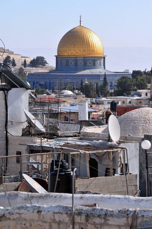 Золотистая мечеть купола стоковая фотография rf