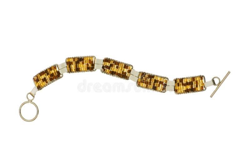 Золотистая цепь изолировала стоковые изображения