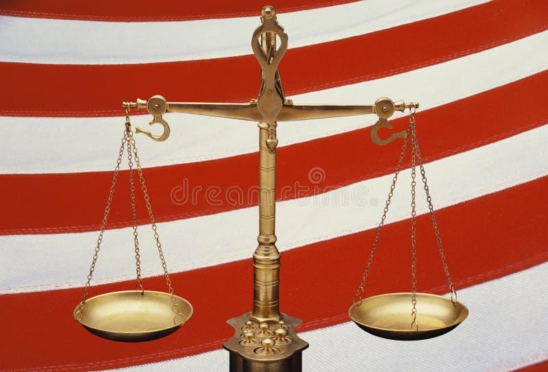 Золотистые весы правосудия стоковые изображения rf