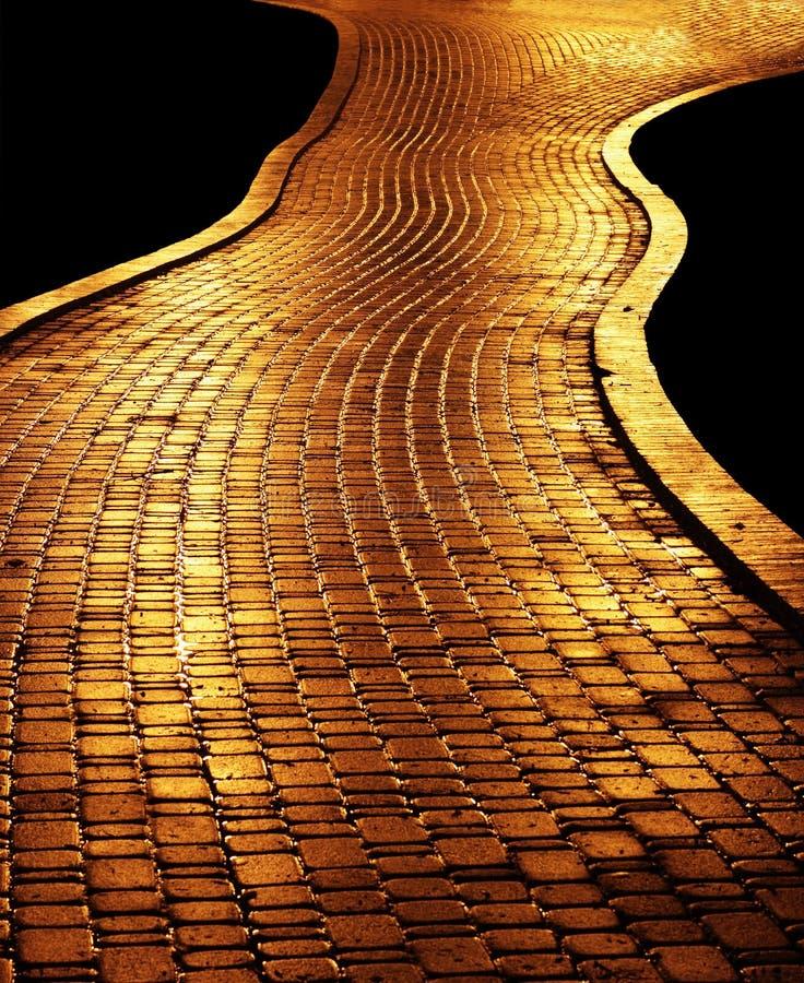 золотистый путь стоковая фотография