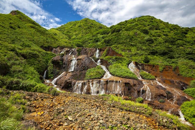 Золотой водопад в новом Тайбэе стоковая фотография