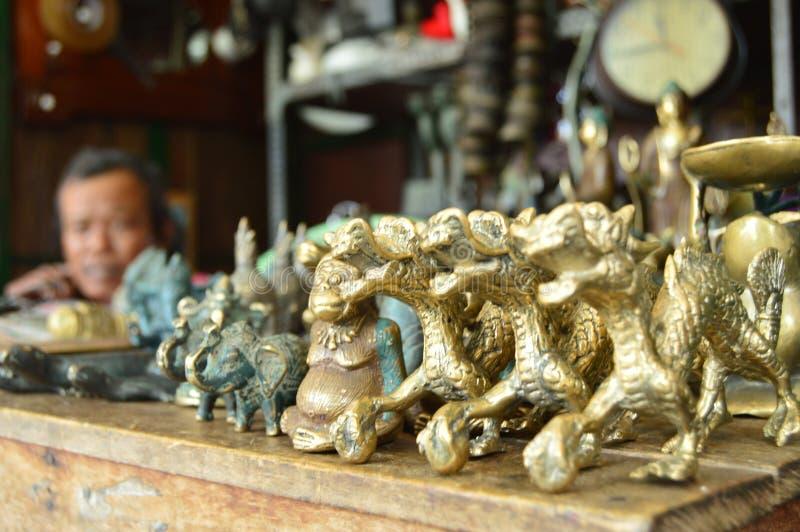 Золотой дракон стоковые изображения