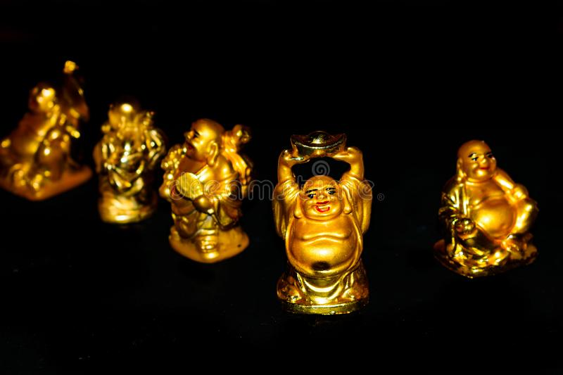 Золотой смеясь над Будда стоковое изображение