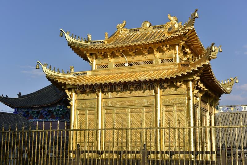 Золотой Храм на горе Цзидзу, Китай стоковые изображения