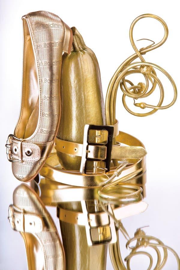 золото вспомогательного оборудования блестящее стоковые фото