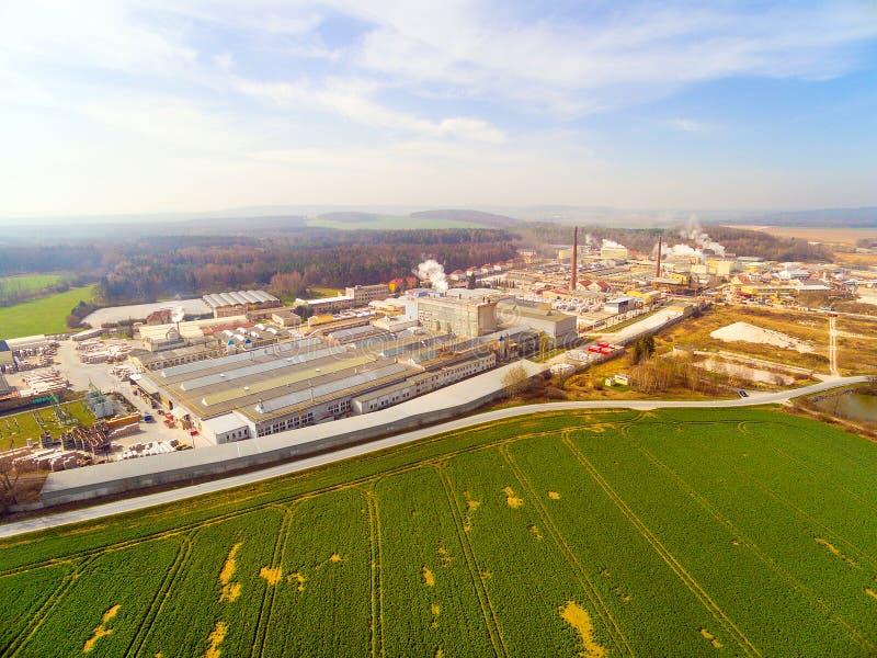 зона рафинировки масла оборудования промышленная самая новая стоковое фото rf