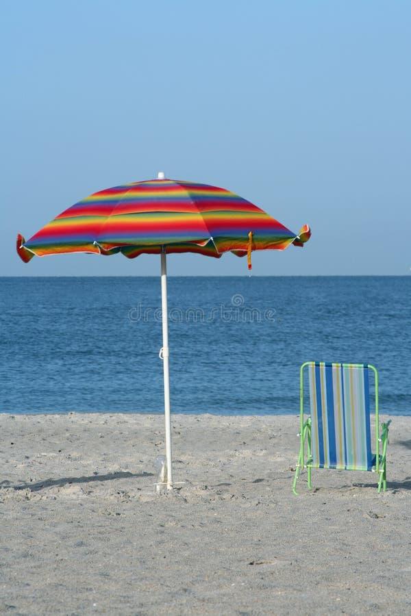 зонтик стула стоковое изображение rf