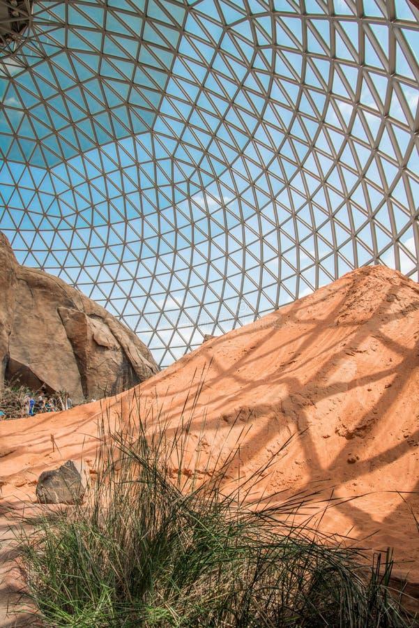 Зоопарк Генри Doorly купола пустыни стоковое фото rf