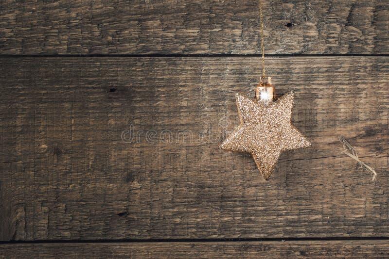 Золотая звезда рождества стоковое фото rf
