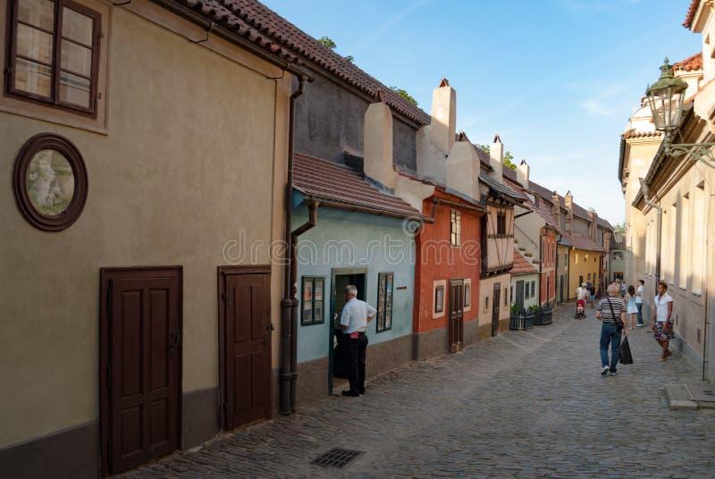 Золотая майна на замке Праги стоковые фотографии rf