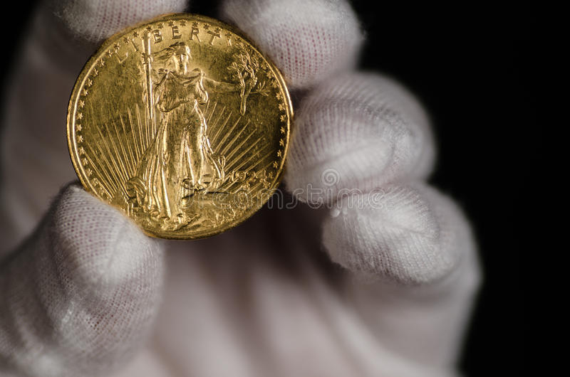 Золотая монетка орла двойника США St Gaudens стоковые фотографии rf